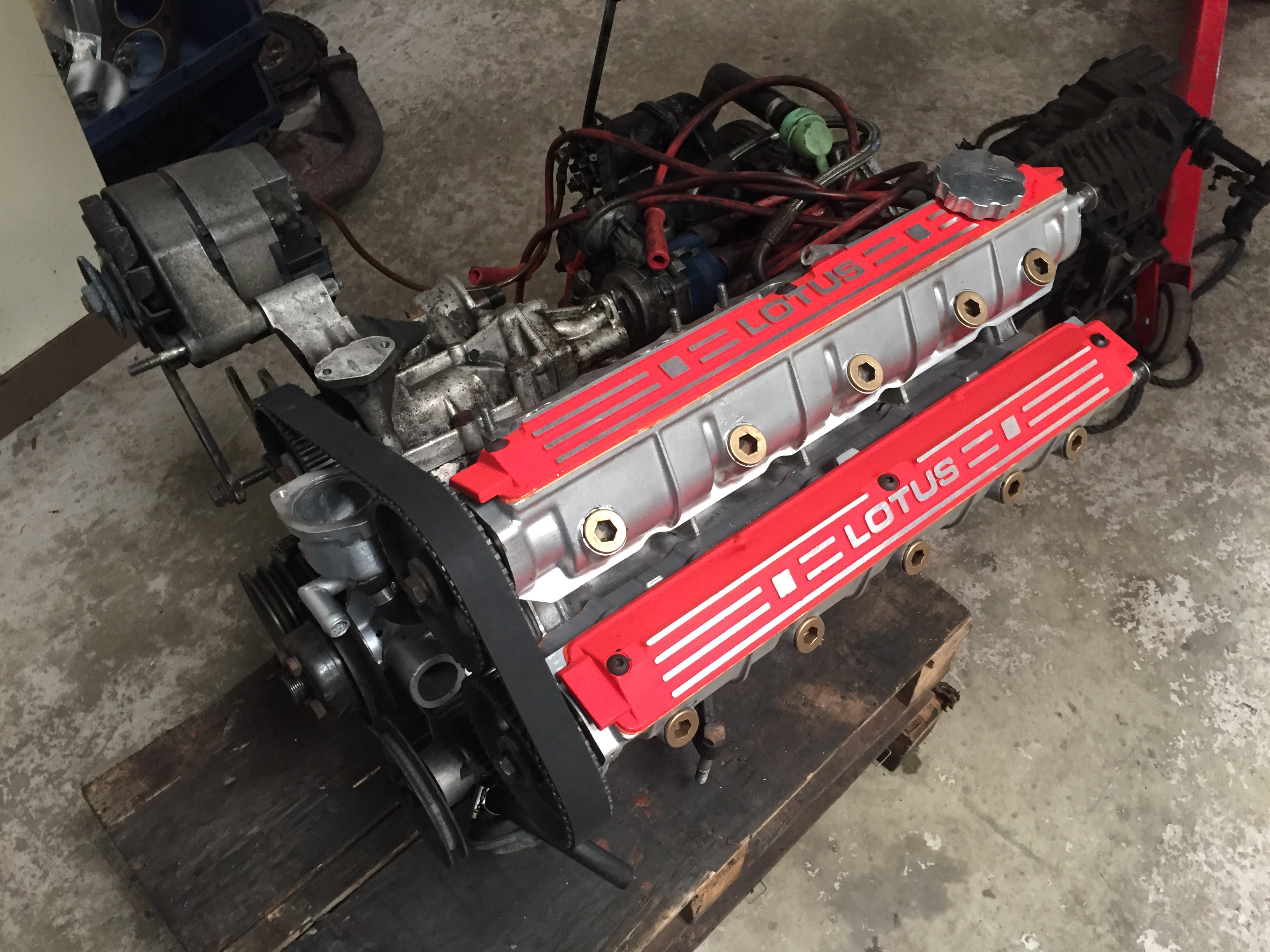 Lotus Esprit turbo top end engine rebuild read to go back in to Esprit